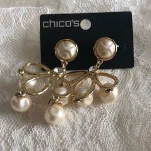 Chico's pearlesque earrings